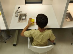Cata de alimentos, Laboratorio sensorial, Azti-Tecnalia, Centro Tecnológico de Investigación Marina y Alimentaria, Derio, Bizkaia, Euskadi, Spain