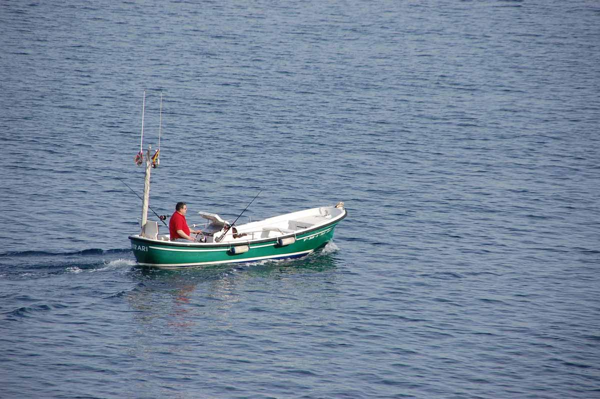 esde AZTI compartimos esta encuesta dirigida las personas que practican la pesca marítima recreativa en Espanaa