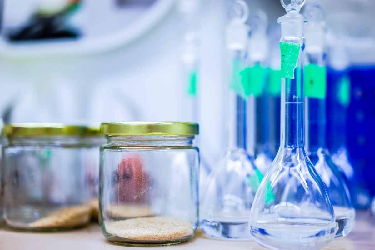 material de laboratorio para analisis